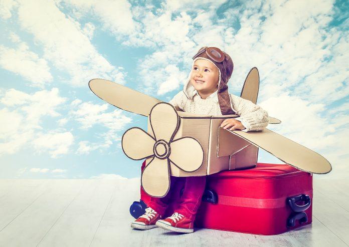 Voyager en avion à Montréal avec bébés ou jeunes enfants